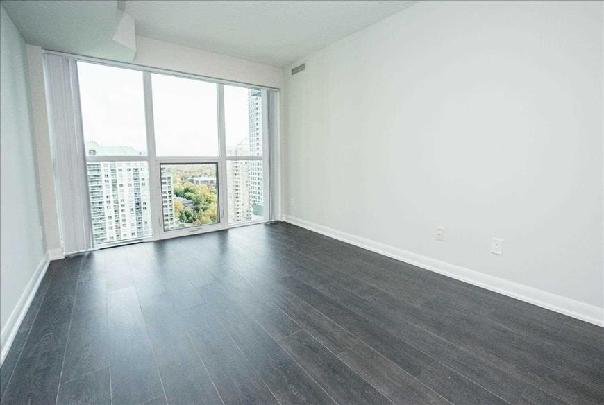 5162 Yonge St Toronto RE/MAX Hallmark Elite Group Realty