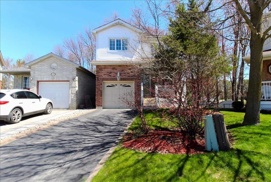13 Chiccony Crt New Tecumseth RE/MAX Hallmark Elite Group Realty